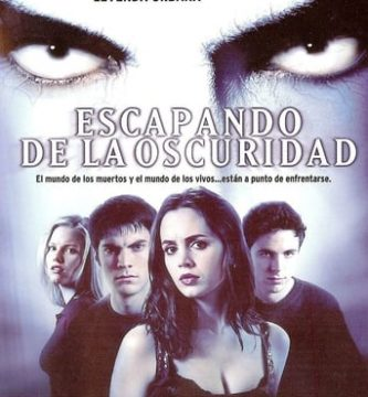 "Poster for the movie ""Escapando de la oscuridad"""